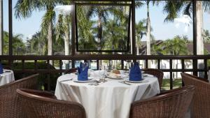 A restaurant or other place to eat at GEC Rinjani Golf and Resort