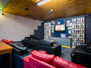 Гостиная зона в Blue Galah International Backpackers Hostel