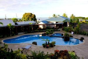 Ein Blick auf den Pool von der Unterkunft Amanaki Hotel oder aus der Nähe