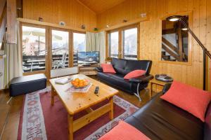 Ein Sitzbereich in der Unterkunft Langsera 435