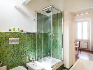 Salle de bains dans l'établissement Spanish Steps Luxury Penthouse