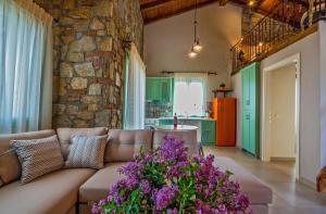 Χώρος καθιστικού στο Mediterraneo Luxury Suites Halkidiki