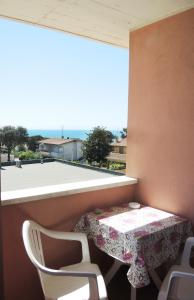 A balcony or terrace at Le Ninfe Bed and Breakfast