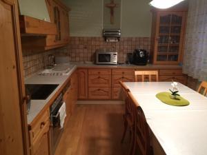 Küche/Küchenzeile in der Unterkunft Haus Tina Zimmer