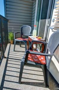 A balcony or terrace at Clearwater Residence Hotel Timberlea