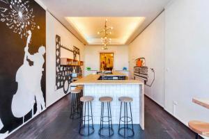 Una cocina o zona de cocina en Adagio Hostel 2.0 Basilica