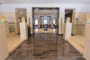 The lobby or reception area at Maritim Antonine Hotel & Spa