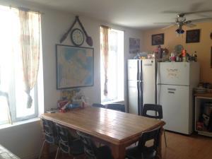 Cuisine ou kitchenette dans l'établissement Auberge Maeva