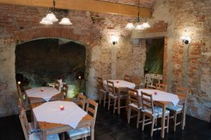 A restaurant or other place to eat at Penzion Ve Skale