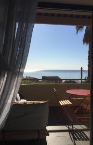 A balcony or terrace at Cap Nioulargo