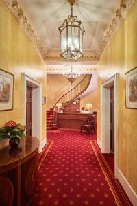 Hall o reception di The Diplomat Hotel