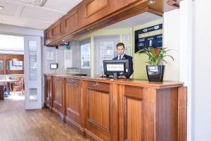The lobby or reception area at Campanile Manchester