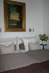 科姆普夫別墅酒店房間的床