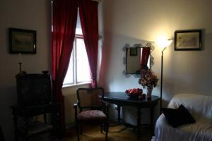 科姆普夫別墅酒店電視和/或娛樂中心