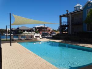 The swimming pool at or near C Mandurah Resort & Serviced Apartments