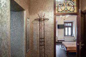 A bathroom at Apartment with two separate bedrooms in the center of Lviv- Virmenska