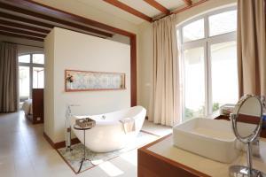 A seating area at FLC Luxury Resort Samson