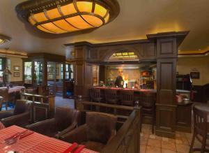 Ein Restaurant oder anderes Speiselokal in der Unterkunft Europa Hotel Kühlungsborn