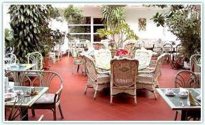 A restaurant or other place to eat at Hotel Goldinger