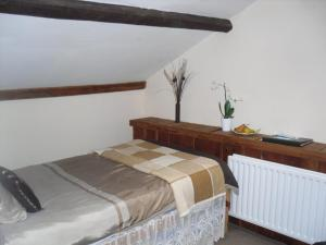A bed or beds in a room at Bay Horse