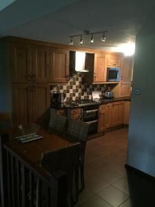 A kitchen or kitchenette at Jackfield Mill Ironbridge Gorge