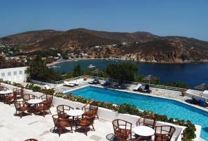 Вид на бассейн в Patmos Paradise Hotel или окрестностях