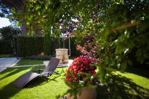 Jardín al aire libre en Hotel Casino Ridola