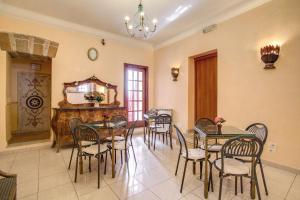 Ресторан / где поесть в Hotel Caravaggio