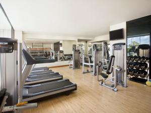 The fitness center and/or fitness facilities at Hilton Colombo Residence