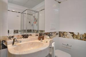 A bathroom at Clipper