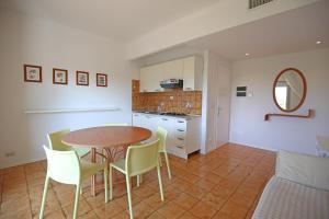 Kuchyň nebo kuchyňský kout v ubytování Residence Braida