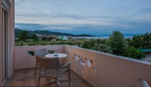 A balcony or terrace at Hotel Stefani
