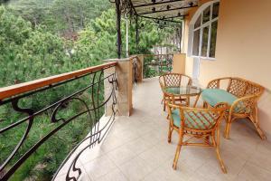 A balcony or terrace at Villa Maria