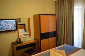 تلفاز و/أو أجهزة ترفيهية في فندق الإيمان طيبة