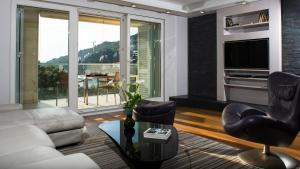 A seating area at Flowers Dubrovnik Luxury Apartments