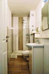 A bathroom at Park Ambiente Friedberg