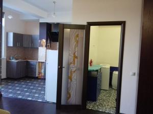 Кухня или мини-кухня в Alpiyskaya