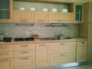 A kitchen or kitchenette at Tamarindo Pilar 57