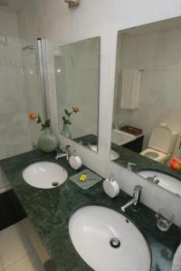Uma casa de banho em Quinta da Veiga