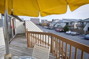 A balcony or terrace at Club Ocean Villas II by Capital Vacations