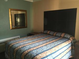 A room at Park Motel