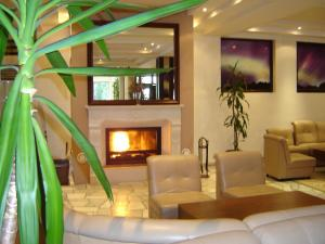 The lobby or reception area at Finlandia Hotel