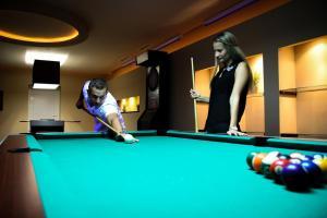 A pool table at Granárium Központ – Nagysáp