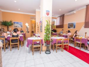 A restaurant or other place to eat at Villa Valentina