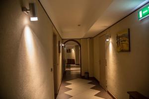 Letto o letti a castello in una camera di Albergo della Posta