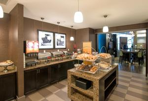 A restaurant or other place to eat at Hampton Inn & Suites Boston Crosstown Center