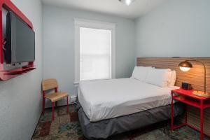 A room at Minna Hotel