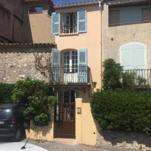 The facade or entrance of La Maisonette Antibes
