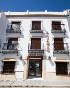 The facade or entrance of Hostal Boutique Bajamar