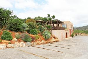 A garden outside Agroturismo Sa Marina - Adults Only